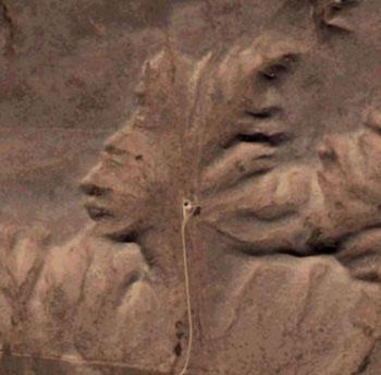 Thần trên Trái đất: Khi đá mang hình dạng con người
