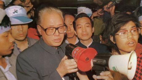 Các Đảng viên lão thành Trung Quốc yêu cầu tự do báo chí