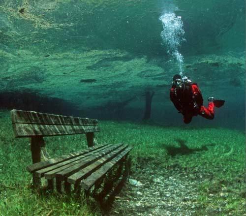 Công viên kỳ lạ dưới nước