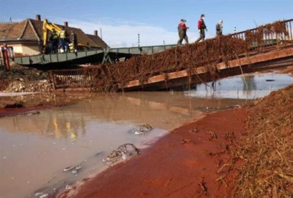 Hungary: Lũ bùn độc đã đổ tới sông Danube rộng lớn