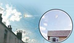 UFO hình tam giác trên bầu trời nước Anh