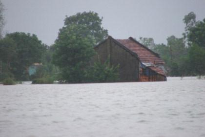 Bình Định, Phú Yên thiệt hại nặng nề do lũ