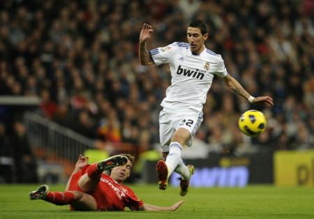 Real chiến thắng đầy khó khăn trước Sevilla