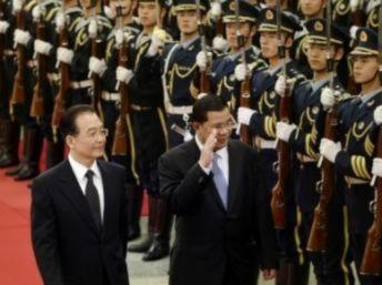 Trung Quốc tung bạc tỷ vào Cam Bốt để đánh bật Hoa Kỳ (và Việt Nam)