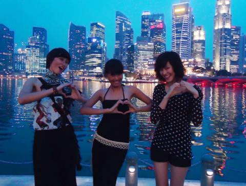 Người mẫu tương lai ghé Singapore trước chung kết