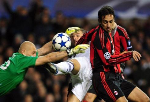 Không ấn tượng như cách họ vượt qua vòng bảng, Tottenham xứng đáng được ngợi khen với những . Ảnh: AFP.