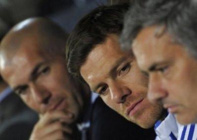 HLV Mourinho cần có kế sách phù hợp để bảo toàn lực lượng và tấm vé vào bán kết.