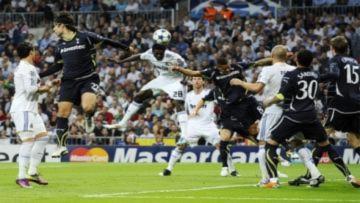 Real đặt một chân vào bán kết Champions League