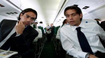 Milan giữ Nesta và Inzaghi, nhưng từ biệt Pirlo