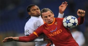 Milan tiếp máu mạnh mẽ cho mùa giải mới