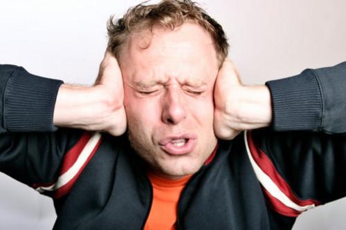 Những thói quen xấu cần tránh khi sử dụng điện thoại di động (Phần 2)