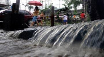 90.000 người Philippines sơ tán vì bão
