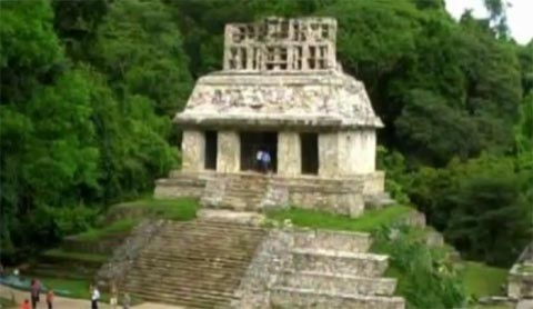 Giải mã bí ẩn mộ cổ của người Maya