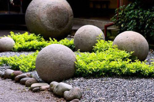Những khối đá hình tròn tại Isla deCano và Diquis Delta của Costa Rita