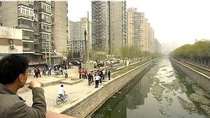 Trong nhiều năm đã có các dư luận không được Nhà nước công nhận ở Trung Quốc về 'các làng ung thư' do ô nhiễm