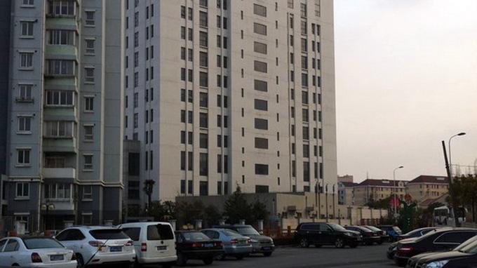 Tòa nhà 12 tầng ở ngoại ô Thượng Hải, nơi đơn vị 61398 đặt trụ sở như cáo buộc của Hãng Mandiant - Ảnh: New York Time