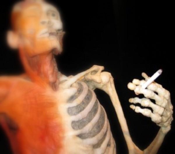 """Hút thuốc lá: Từ lợi ích """"ngỡ ngàng"""" tới tác hại khôn lường 10"""