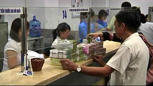 Tác giả bài viết nói ở Việt Nam, người dân tin đồng đôla và vàng hơn cả giấy bạc của nước mình