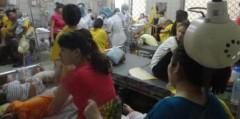 Tại một phòng điều trị Bệnh viện Nhi Trung ương (DR)