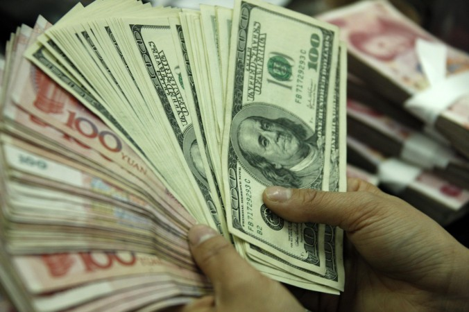 Bộ Công an Trung Quốc đã khởi động một chiến dịch từ 22/7/2014 để bắt giữ tội phạm kinh tế chạy khỏi Trung Quốc, trong đó có nhiều quan chức tham nhũng.