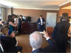 Họp báo công bố bản ghi âm bí mật từ trụ sở CNN tại thành phố Atlanta (Ảnh: Twitter James O'Keefe).