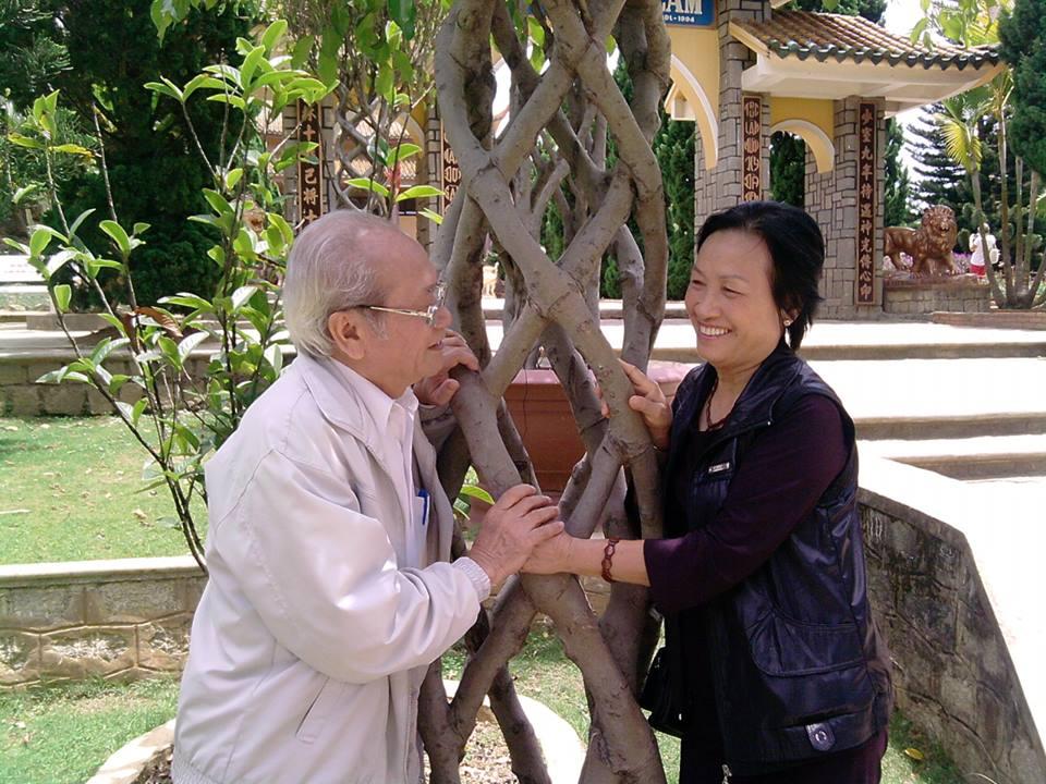 Gia đình ông Thanh hạnh phúc khi ở tuổi 78 vẫn giữ được sức khỏe, không phải sử dụng thuốc