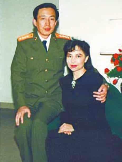 Vợ chồng La Vũ khi còn ở Trung Quốc