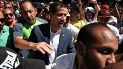 """Ông Guaidó nói trong một cuộc tập hợp ở Caracas rằng """"kẻ tiếm quyền [Maduro] phải rời đi"""""""