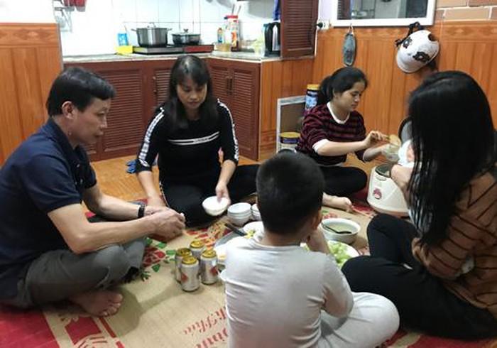 Chấu đang được gia đình bà Nhàn ở Thanh Trì (Hà Nội) nuôi ăn ở. (Ảnh: Lệnh Thắng)