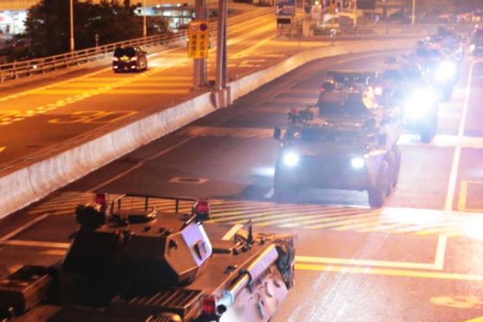 Quân đội Trung Quốc đã luân chuyển một loạt quân mới vào Hồng Kông giữa lúc các cuộc biểu tình đang làm rung chuyển thành phố này. (Ảnh: PLO)