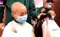 """Gần đây, một vài y tá trẻ ở Tỉnh Cam Túc dường như đã trở thành """"tử sĩ"""", nuốt nước mắt cạo đầu trước khi tới chi viện cho Vũ Hán. (Ảnh chụp video)"""