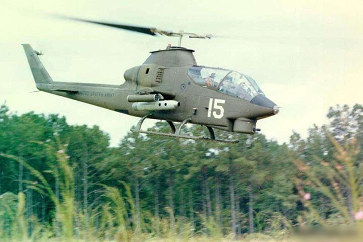 Trực thăng Bell AH-1 lập công lớn. (Ảnh từ Military Today)